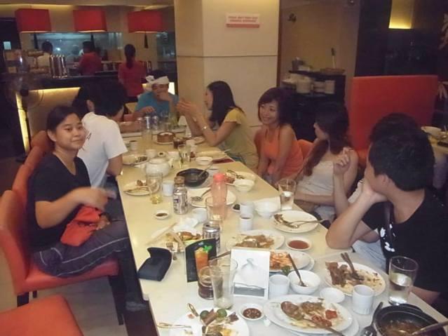 マニラバスケ後中華料理