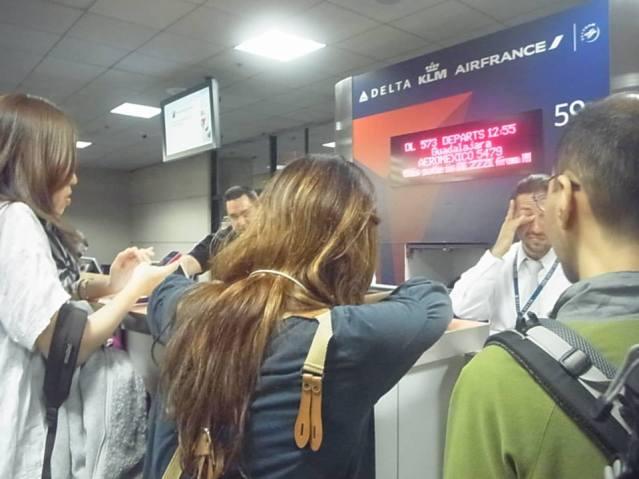 平和大への道 ロサンゼルス空港で足止め