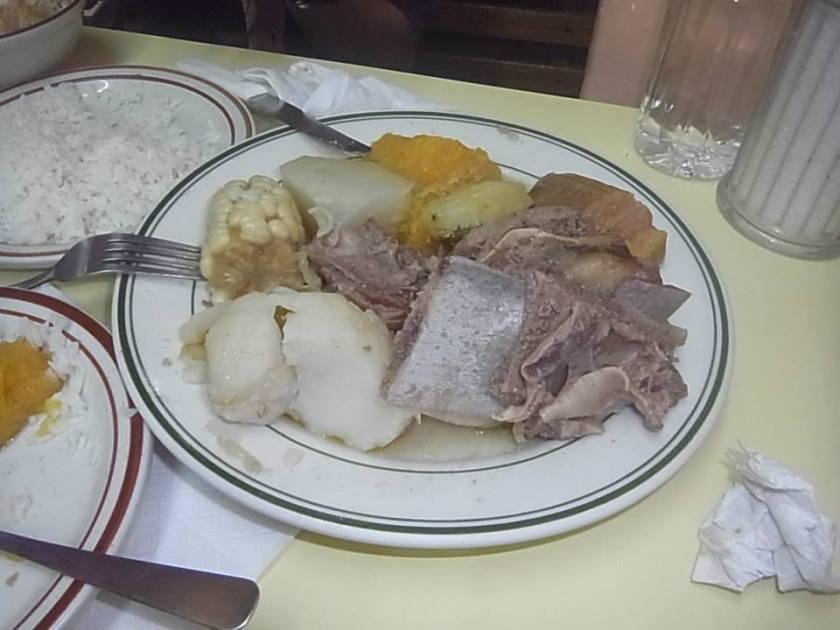コスタリカ肉の鍋Olla de Carne